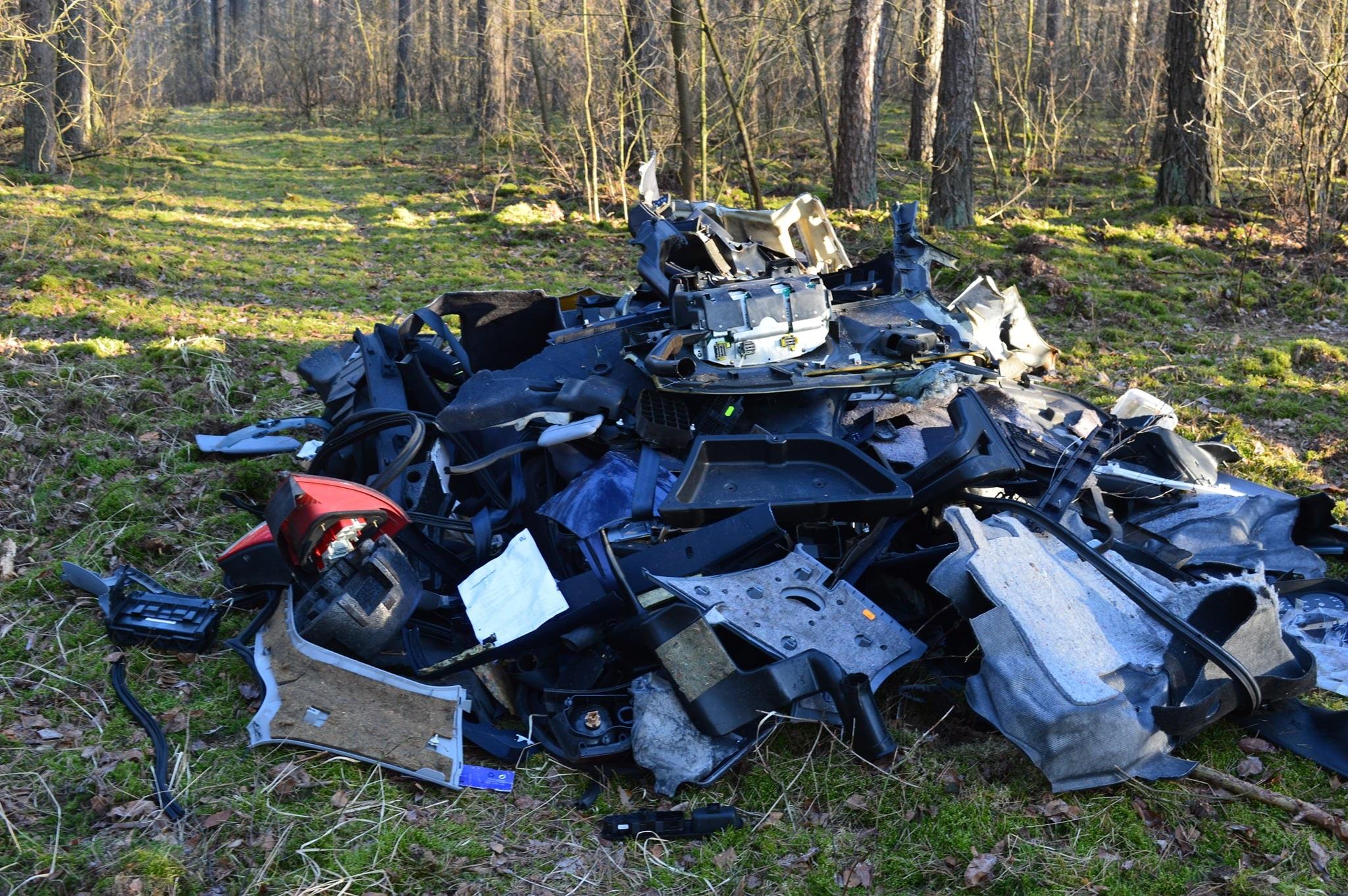 śmieci las sieraków  - Lasy Państwowe