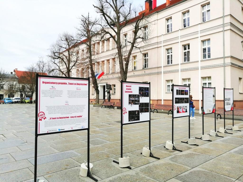 toast za zwycięstwo wolsztyn - www.wolsztyn.pl