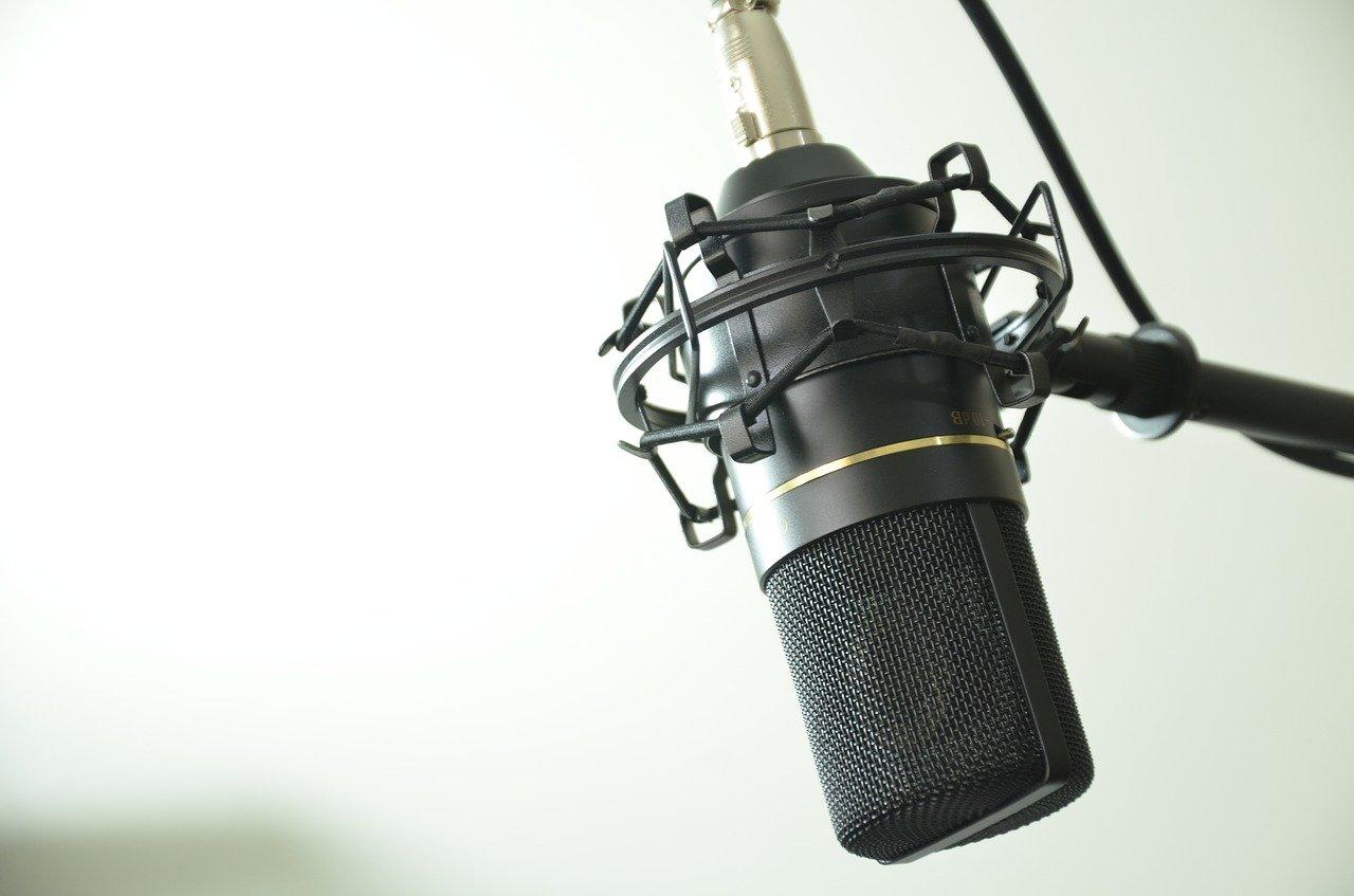 mikrofon studio radio - Pixabay