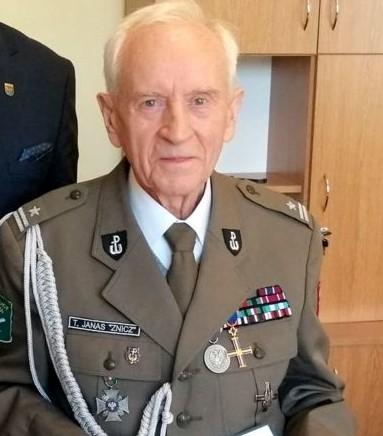 Słupecki kombatant odznaczony przez prezydenta Major Tadeusz Janas -  Starostwo Powiatowe w Słupcy