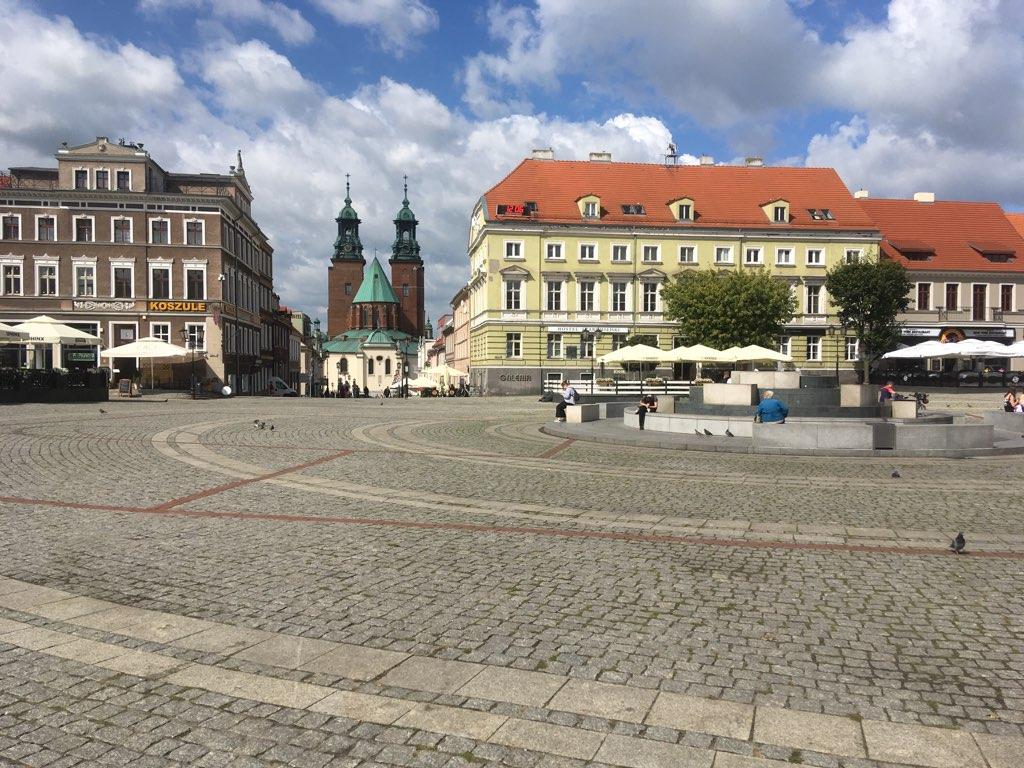rynek gniezno beton  - Rafał Muniak