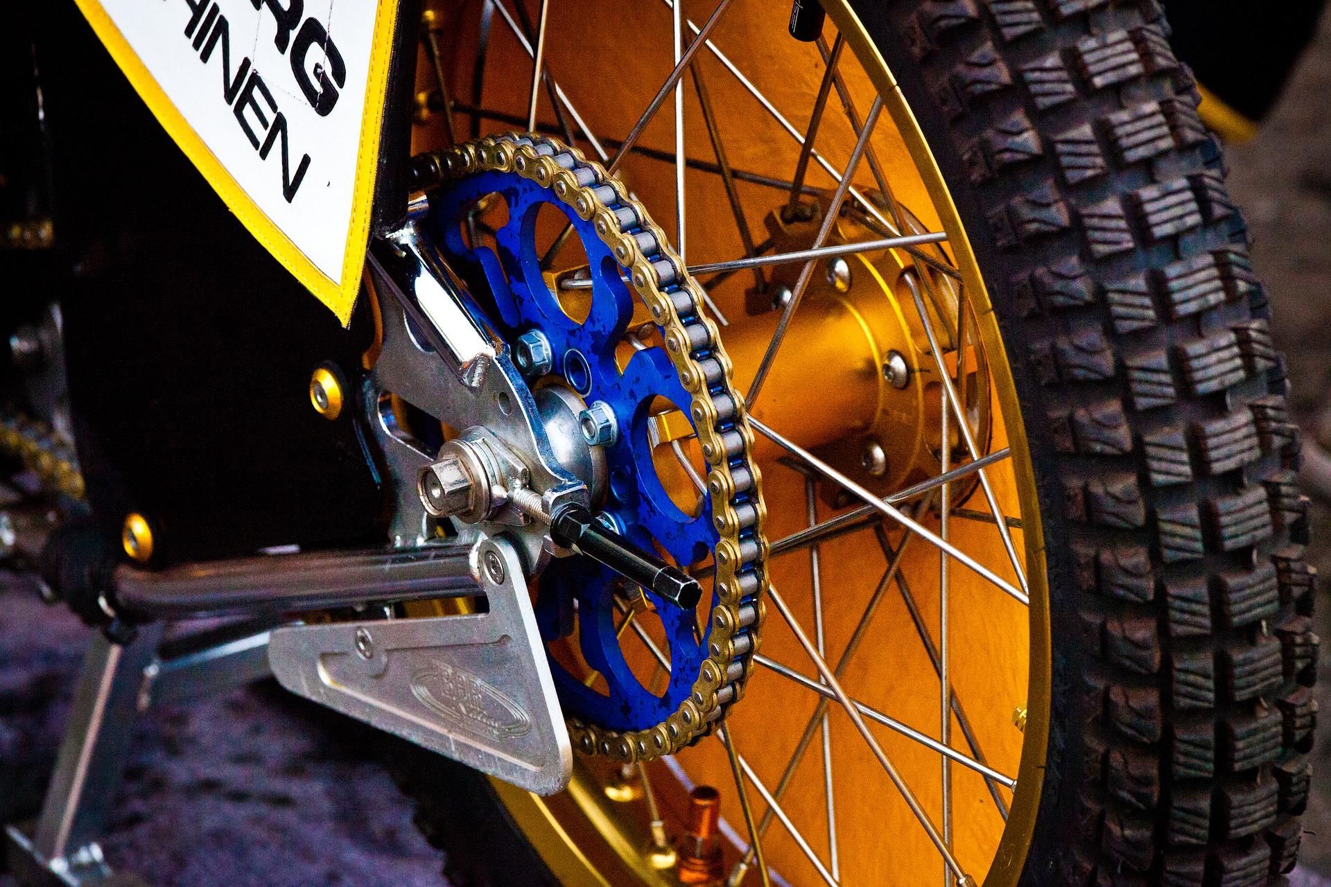 żużel opona motocykl - Pixabay