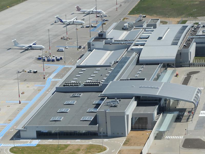 Ławica, lotnisko, terminal, odloty - PPL Ławica