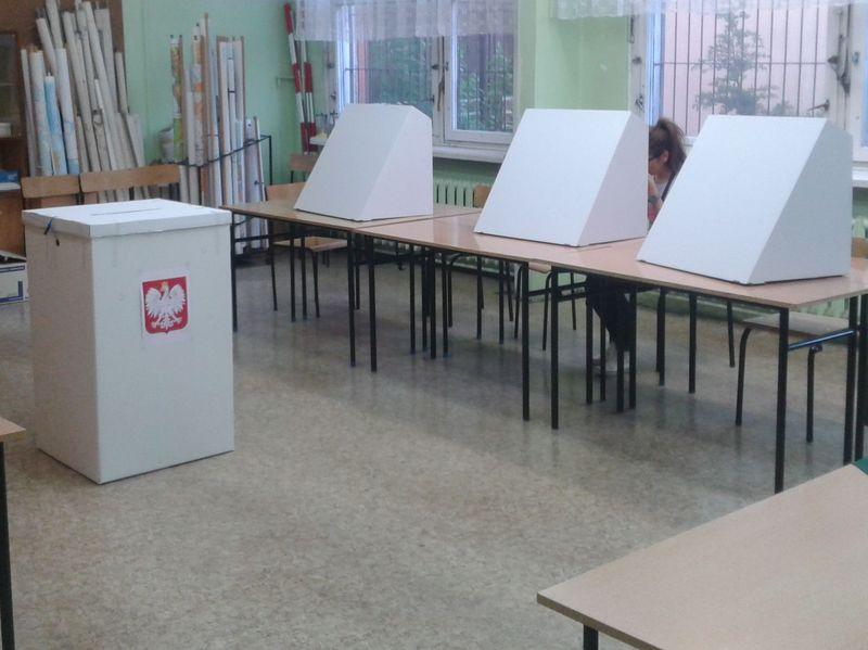 eurowybory urny - Szymon Mazur