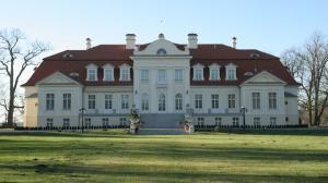 Marszałek planuje zakup pałacu