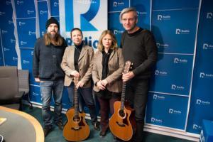 Urszula wraz z zespołem w Radiu Poznań