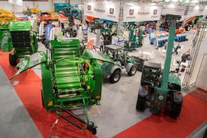 Traktory, nawozy i maszyny rolnicze. Rozpoczynają się targi Polagra - Premiery