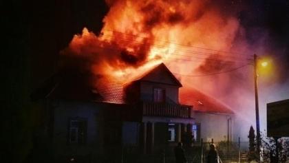 Pożar zniszczył dom, w którym mieszkali od pokoleń