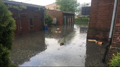 Mieszkańcy Kiszkowa, których domy ucierpiały podczas ostatniej ulewy, dostaną pomoc finansową od państwa