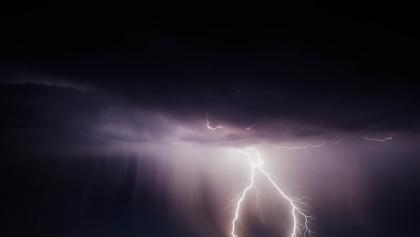 IMGW ostrzega przed silnymi burzami z gradem w Wielkopolsce!