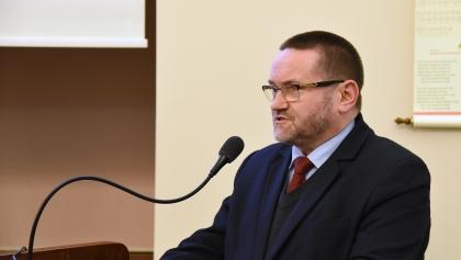 """Radny PiS oburzony stwierdzeniem """"trybunał Julii Przyłębskiej"""" w oficjalnym stanowisku rady"""