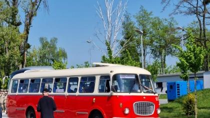 Historyczne autobusy wyjechały na ulice Poznania!