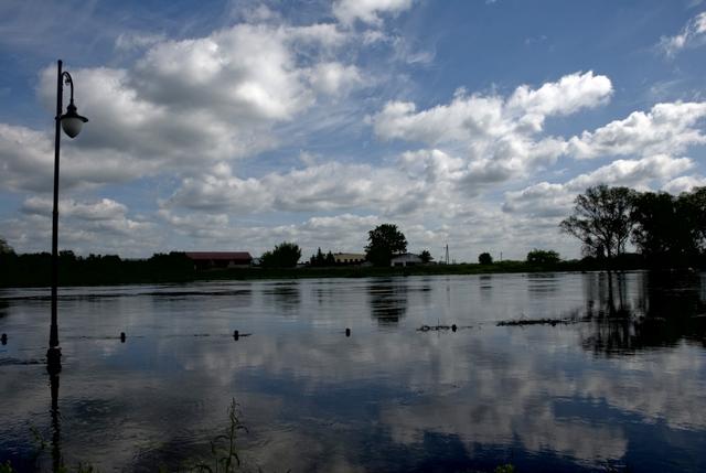 Powódź Warta wylała w Śremie - Adrian Domański
