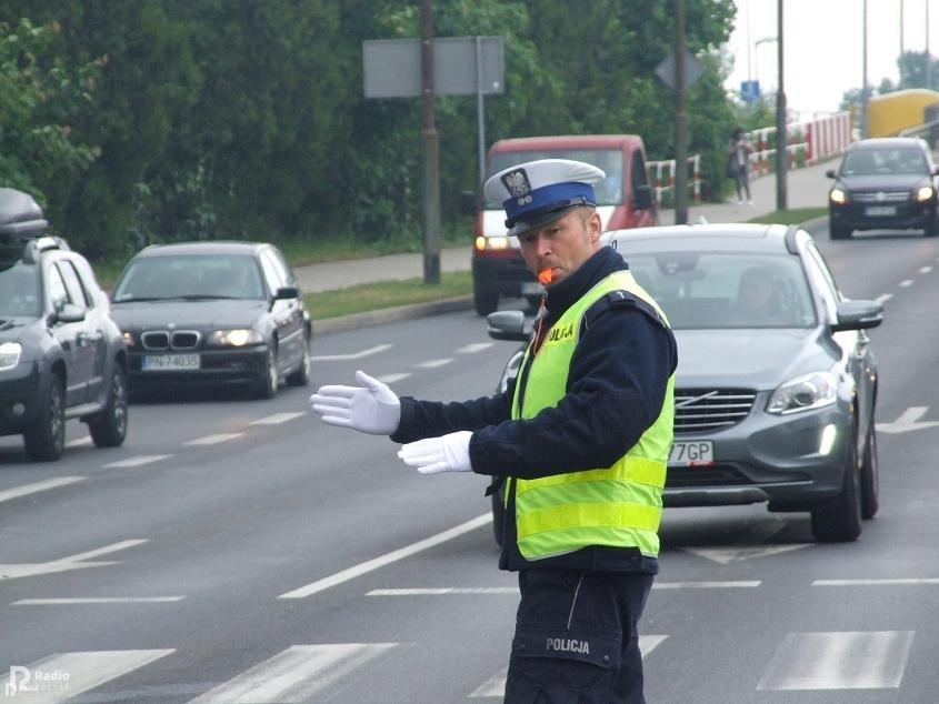 policjant gwizdek - Aleksandra Braciszewska-Benkahla