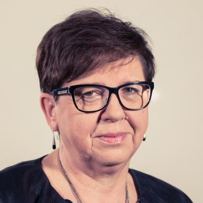 Elżbieta Bajońska-Bąk kierownik zespołu E-mail: elzbieta.bak@radiopoznan.fm - Radio Poznań
